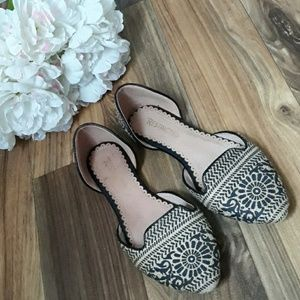 Modcloth  Restricted  Boho Dorsay flats